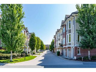 "Photo 2: 4 20738 84 Avenue in Langley: Willoughby Heights Townhouse for sale in ""Yorkson Creek"" : MLS®# R2395549"