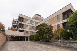 """Photo 18: 314 715 ROYAL Avenue in New Westminster: Uptown NW Condo for sale in """"Vista Royal"""" : MLS®# R2418099"""