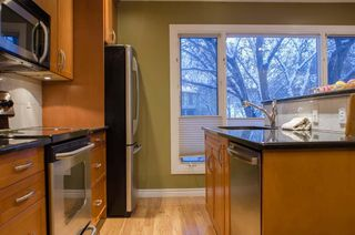 Photo 13: 3905 POINT MCKAY Road NW in Calgary: Point McKay Row/Townhouse for sale : MLS®# C4279923