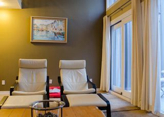 Photo 7: 3905 POINT MCKAY Road NW in Calgary: Point McKay Row/Townhouse for sale : MLS®# C4279923
