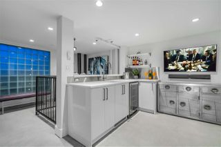 "Photo 16: 809 27 ALEXANDER Street in Vancouver: Downtown VE Condo for sale in ""The Alexis"" (Vancouver East)  : MLS®# R2428467"