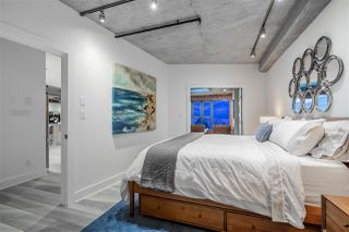 "Photo 13: 809 27 ALEXANDER Street in Vancouver: Downtown VE Condo for sale in ""The Alexis"" (Vancouver East)  : MLS®# R2428467"