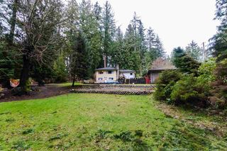 Photo 1: 13613 28 Avenue in Surrey: Elgin Chantrell House for sale (South Surrey White Rock)  : MLS®# R2431232