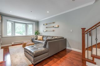 "Photo 2: 3117 SUNNYHURST Road in North Vancouver: Lynn Valley Townhouse for sale in ""Eagle Lynn"" : MLS®# R2441350"