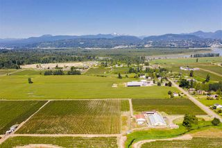 Photo 13: 5235 GLENMORE Road in Abbotsford: Matsqui House for sale : MLS®# R2486683