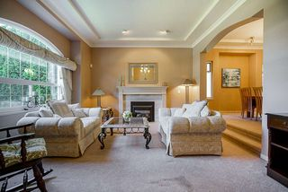 Photo 6: 20364 92A Avenue in Langley: Walnut Grove House for sale : MLS®# R2493533