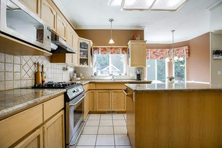 Photo 11: 20364 92A Avenue in Langley: Walnut Grove House for sale : MLS®# R2493533