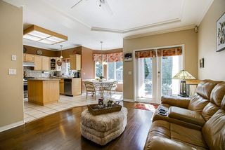 Photo 17: 20364 92A Avenue in Langley: Walnut Grove House for sale : MLS®# R2493533
