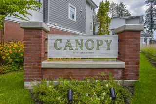 """Photo 2: 121 9718 161A Street in Surrey: Fleetwood Tynehead Townhouse for sale in """"Canopy"""" : MLS®# R2501716"""