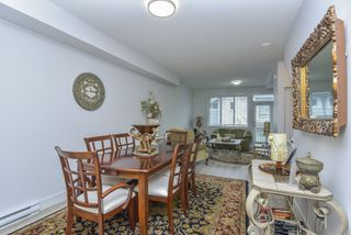 """Photo 11: 121 9718 161A Street in Surrey: Fleetwood Tynehead Townhouse for sale in """"Canopy"""" : MLS®# R2501716"""