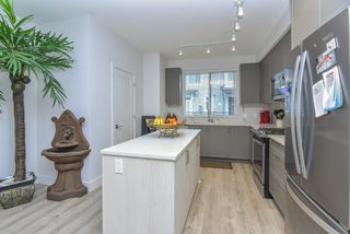 """Photo 14: 121 9718 161A Street in Surrey: Fleetwood Tynehead Townhouse for sale in """"Canopy"""" : MLS®# R2501716"""