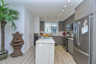 """Photo 13: 121 9718 161A Street in Surrey: Fleetwood Tynehead Townhouse for sale in """"Canopy"""" : MLS®# R2501716"""