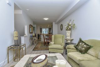 """Photo 7: 121 9718 161A Street in Surrey: Fleetwood Tynehead Townhouse for sale in """"Canopy"""" : MLS®# R2501716"""