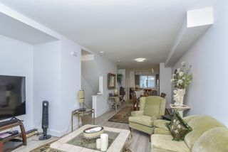"""Photo 8: 121 9718 161A Street in Surrey: Fleetwood Tynehead Townhouse for sale in """"Canopy"""" : MLS®# R2501716"""