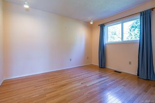 Photo 8: 2214 Gull Ave in : CV Comox (Town of) House for sale (Comox Valley)  : MLS®# 857866