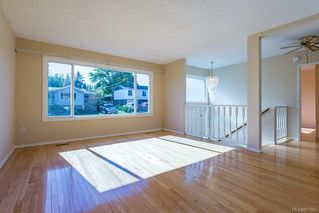 Photo 2: 2214 Gull Ave in : CV Comox (Town of) House for sale (Comox Valley)  : MLS®# 857866