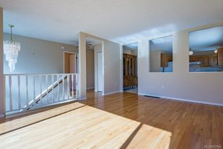 Photo 3: 2214 Gull Ave in : CV Comox (Town of) House for sale (Comox Valley)  : MLS®# 857866