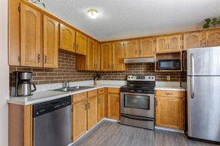 Photo 11: 23 Erin Woods Place SE in Calgary: Erin Woods Detached for sale : MLS®# A1043975