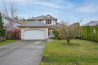 Photo 1: 1530 MACDONALD Place in Squamish: Brackendale House for sale : MLS®# R2528249