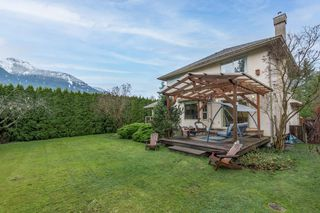 Photo 26: 1530 MACDONALD Place in Squamish: Brackendale House for sale : MLS®# R2528249