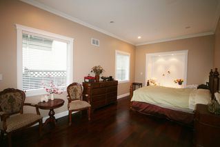 Photo 15: 6833 Granville Street in Vancouver: Home for sale : MLS®# V923593