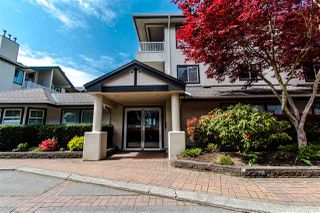 "Photo 3: 312 15272 20 Avenue in Surrey: King George Corridor Condo for sale in ""Windsor Court"" (South Surrey White Rock)  : MLS®# R2397125"
