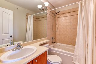 "Photo 5: 60 6450 199 Street in Langley: Willoughby Heights Townhouse for sale in ""LOGANS LANDING"" : MLS®# R2398098"