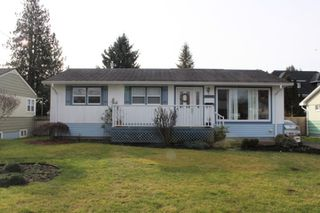 Photo 1: 45426 KIPP Avenue in Chilliwack: Chilliwack W Young-Well House for sale : MLS®# R2400004