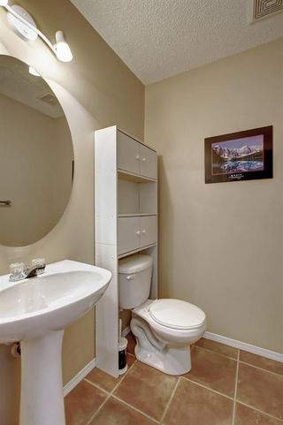 Photo 7: 115 ROYAL BIRCH MT NW in Calgary: Royal Oak Row/Townhouse for sale : MLS®# C4276537