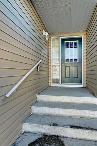 Photo 4: 115 ROYAL BIRCH MT NW in Calgary: Royal Oak Row/Townhouse for sale : MLS®# C4276537