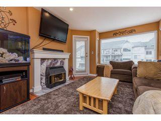 Photo 3: 302 33668 KING ROAD in Abbotsford: Poplar Condo for sale : MLS®# R2255754