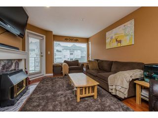 Photo 2: 302 33668 KING ROAD in Abbotsford: Poplar Condo for sale : MLS®# R2255754