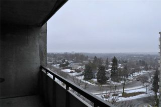 Photo 3: 801 20 William Roe Boulevard in Newmarket: Central Newmarket Condo for sale : MLS®# N4710016