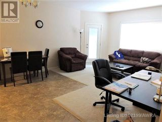 Photo 4: 109 SEABOLT DRIVE in Hinton: Condo for sale : MLS®# AW52199