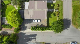 Photo 2: 2311 HEMLOCK Street in Abbotsford: Abbotsford West House for sale : MLS®# R2472292