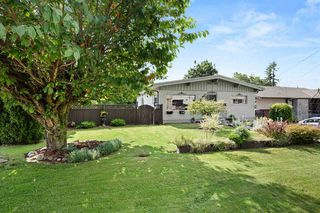 Photo 1: 2311 HEMLOCK Street in Abbotsford: Abbotsford West House for sale : MLS®# R2472292