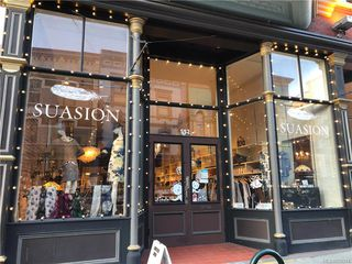 Photo 1: 552 Johnson St in Victoria: Vi Downtown Business for sale : MLS®# 835574