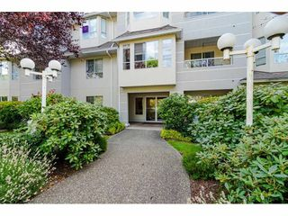 """Photo 2: 304 6440 197 Street in Langley: Willoughby Heights Condo for sale in """"The Kingsway"""" : MLS®# R2480168"""