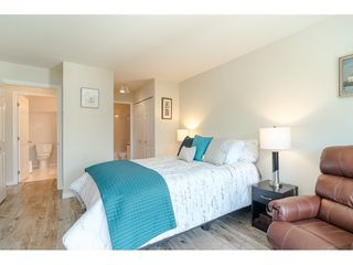 """Photo 13: 304 6440 197 Street in Langley: Willoughby Heights Condo for sale in """"The Kingsway"""" : MLS®# R2480168"""