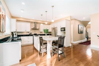 """Photo 5: 3623 PHILLIPS Avenue in Burnaby: Government Road House for sale in """"Government Road"""" (Burnaby North)  : MLS®# R2497788"""
