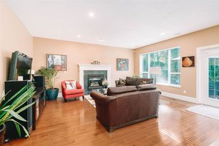 """Photo 3: 3623 PHILLIPS Avenue in Burnaby: Government Road House for sale in """"Government Road"""" (Burnaby North)  : MLS®# R2497788"""
