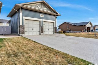 Photo 3: 4106 Timber Creek Place in Regina: The Creeks Residential for sale : MLS®# SK830880