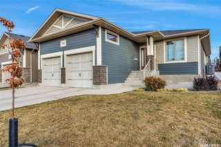 Photo 2: 4106 Timber Creek Place in Regina: The Creeks Residential for sale : MLS®# SK830880