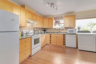"""Photo 4: 12864 67B Avenue in Surrey: West Newton House for sale in """"Newton"""" : MLS®# R2511069"""