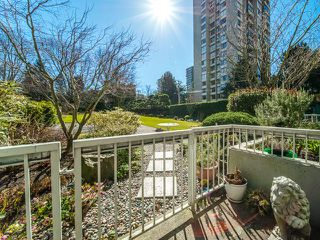"Main Photo: 105 1740 COMOX Street in Vancouver: West End VW Condo for sale in ""THE SANDPIPER"" (Vancouver West)  : MLS®# R2391854"