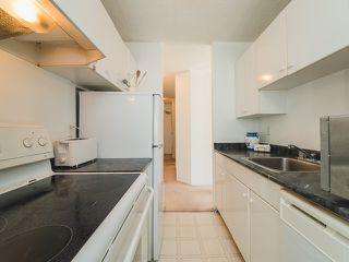 """Photo 9: 105 1740 COMOX Street in Vancouver: West End VW Condo for sale in """"THE SANDPIPER"""" (Vancouver West)  : MLS®# R2391854"""