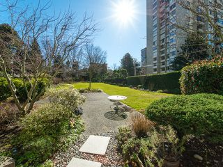 "Photo 15: 105 1740 COMOX Street in Vancouver: West End VW Condo for sale in ""THE SANDPIPER"" (Vancouver West)  : MLS®# R2391854"