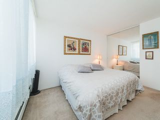 """Photo 11: 105 1740 COMOX Street in Vancouver: West End VW Condo for sale in """"THE SANDPIPER"""" (Vancouver West)  : MLS®# R2391854"""