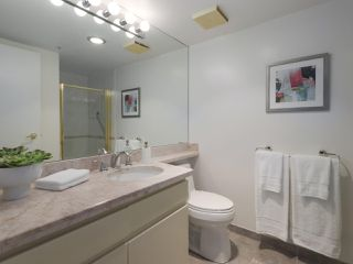 "Photo 11: 504 2108 W 38TH Avenue in Vancouver: Kerrisdale Condo for sale in ""The Wilshire"" (Vancouver West)  : MLS®# R2400833"