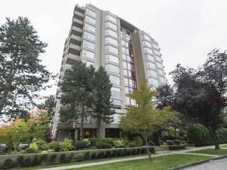 "Photo 5: 504 2108 W 38TH Avenue in Vancouver: Kerrisdale Condo for sale in ""The Wilshire"" (Vancouver West)  : MLS®# R2400833"